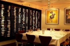 Restaurant-Wine-Display-5334