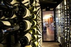 Side-On-Wine-Racks-Restaurant-8234